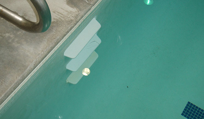 Swimming Pool Wall Replacement : Pool services plastic swimming steps repair