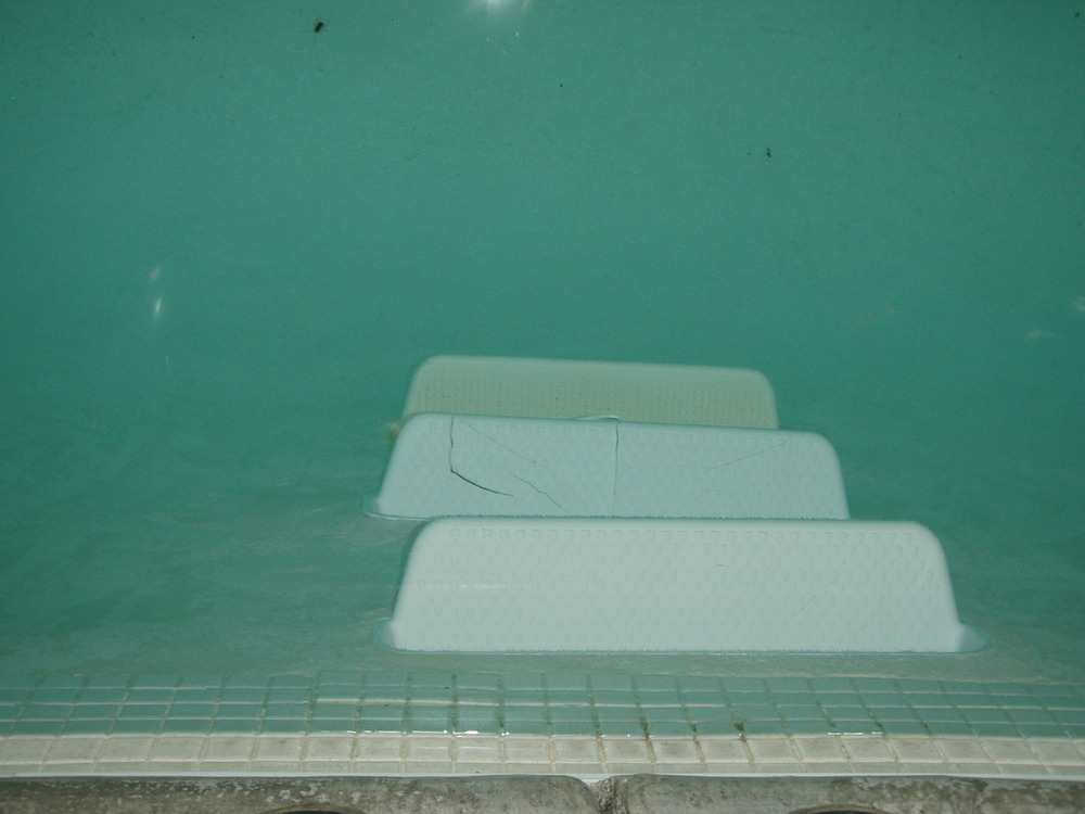 underwater step replacement in public pool underwater operations. Black Bedroom Furniture Sets. Home Design Ideas